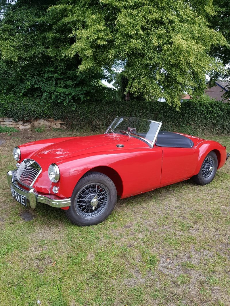 View MG MGA Roadster