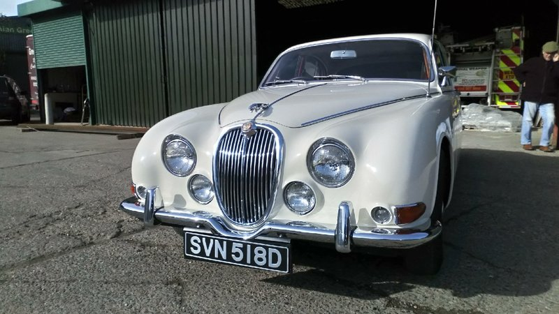 View JAGUAR S-TYPE 3.8